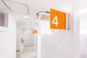診療室廊下